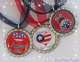 Red, White and Blue Forever!-Red, white, blue, necklace, bottlecap, 4th of July, holiday, patriotic, gift, glitter, bling, spirit of independence, holiday gift, bottlecap necklace